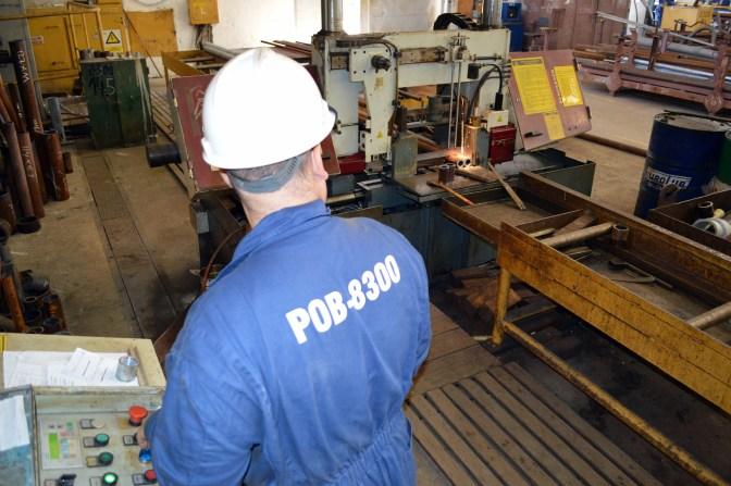 Rezanje cijevi i prodora na cijevima robotom tipa 700-SCH-R