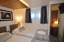Klara Brodosplit 525 dvokrevetna soba.