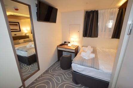 Klara Brodosplit 525 soba s bracnim krevetom..