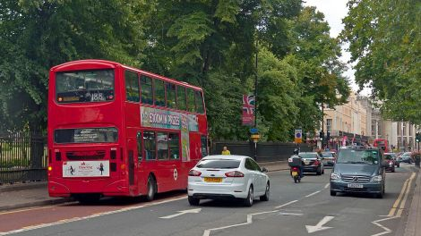 1200px-Traffic_on_Romney_Road_in_Greenwich2C_London