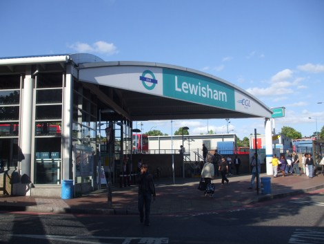 Lewisham_DLR_stn_entrance