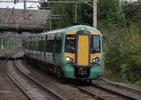 Watford_Junction_railway_station_MMB_06_377212