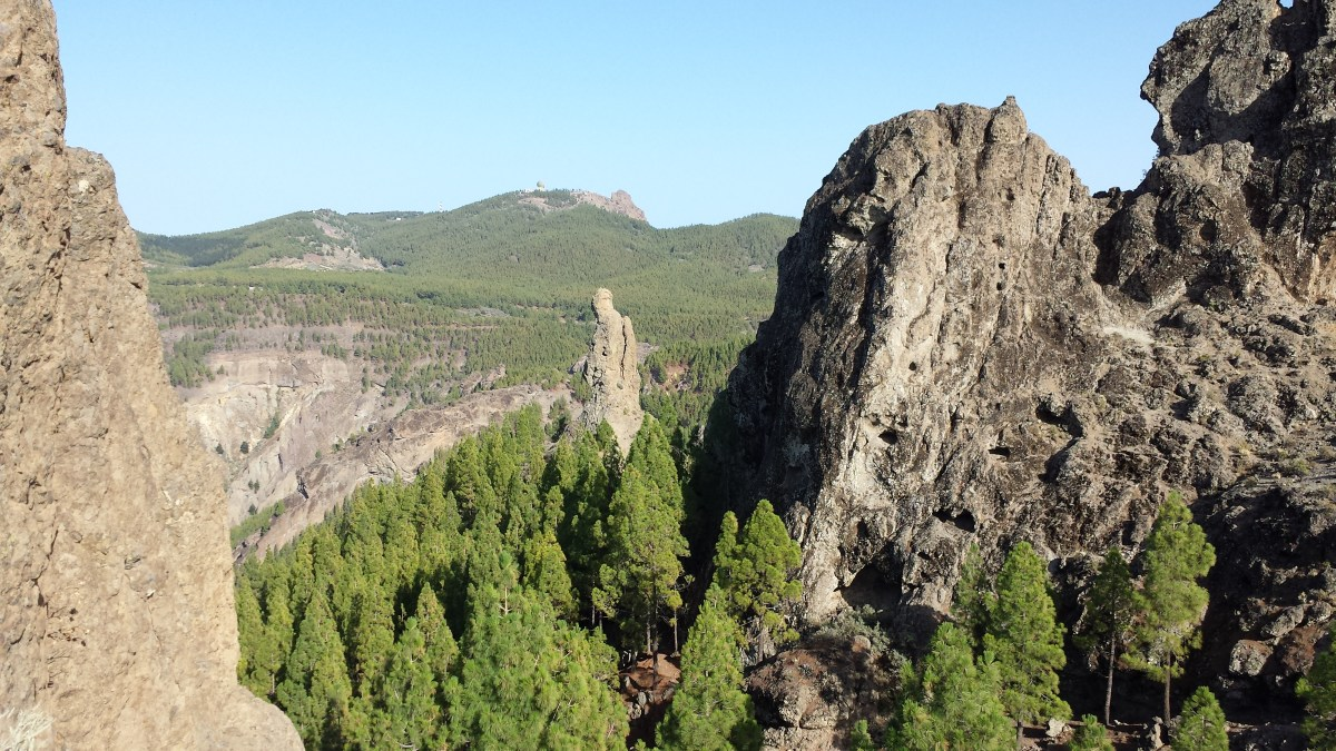 exclusive_private_guided_VIP_tours_Gran_Canaria_Roque_Nublo_fraile