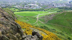 Paths up Arthur's Seat