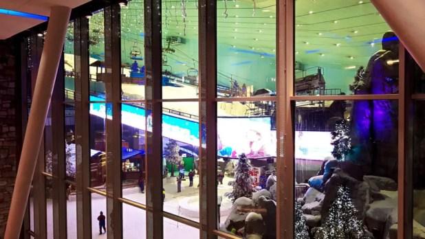 Ski Slope in Dubai Mall