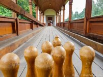 Kunin Chateau Bowling