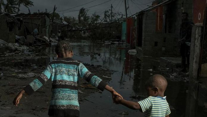 Cyclone Idai: At least 656 people killed, 128,000 in makeshift camps