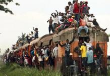 About 32 killed as train derails in DRC's Kasai region