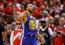 Warriors edge Raptors to keep NBA title hopes alive