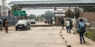 Rwanda shuts DR Congo border after Ebola cases in frontier city