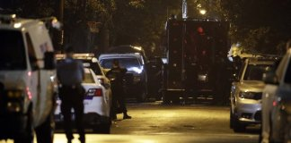 Philadelphia gunman in custody after hourslong standoff