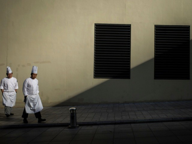 sky news africa Illegal' Chinese chef arrested in Kenya for whipping local employee