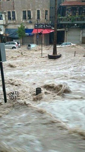 بالصور ... فيضانات الاردن