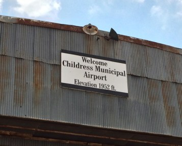 Sign at Childress Muni Airport_DON-PC_1