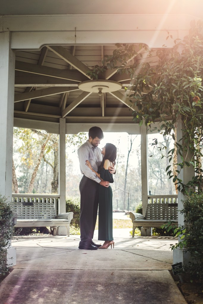 Engagement session at tyrrell park in beaumont texas