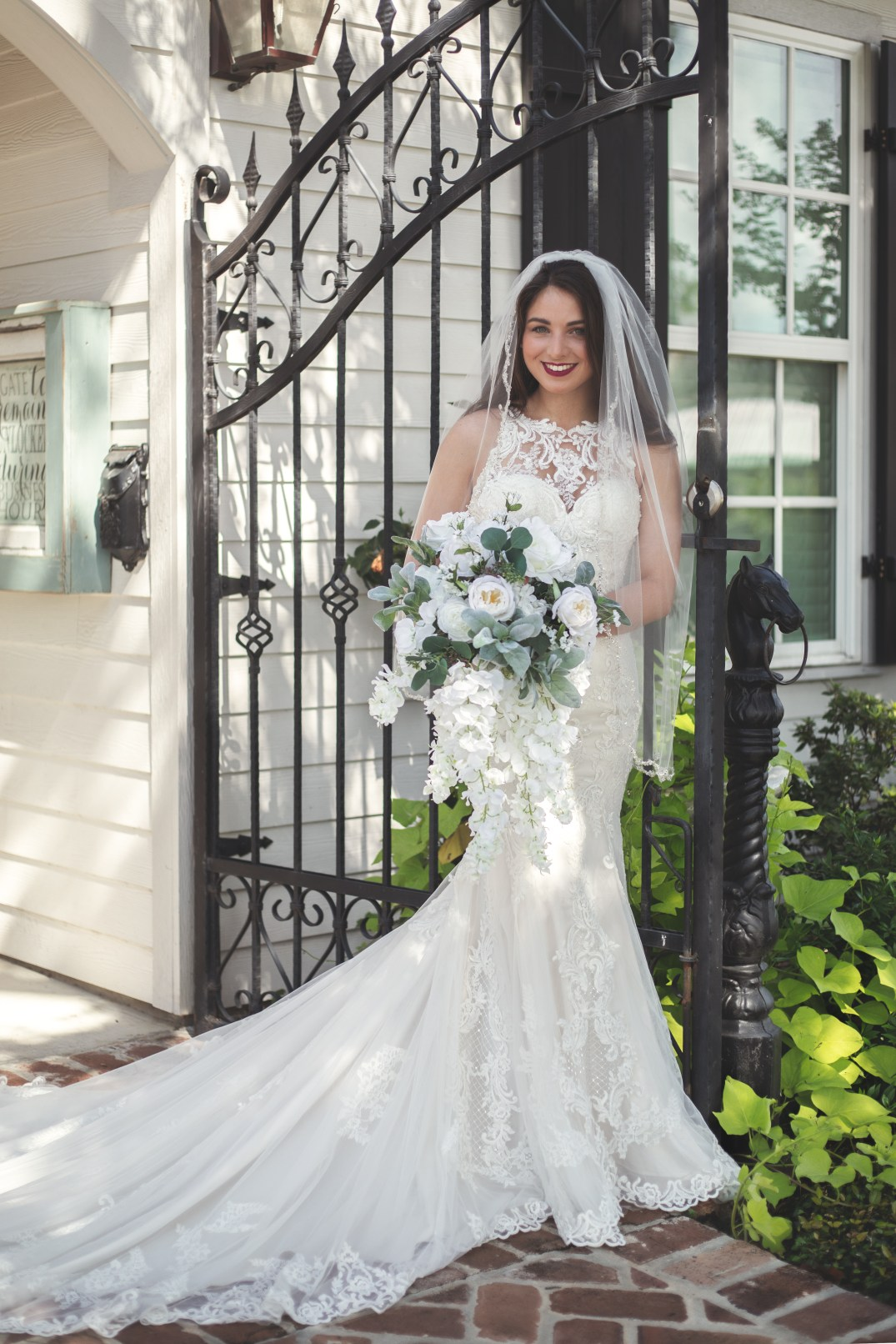 The Laurels in Beaumont TX | Skys the Limit Production Bridal Portrait Photographer