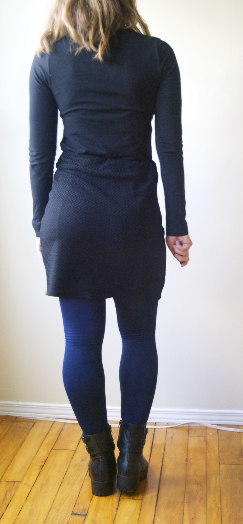 black knit skirt back