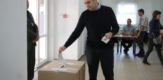 Antal Árpád szavaz