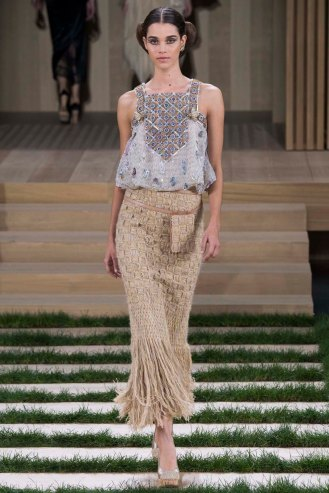 chanel-couture-spring-2016-pfw-22