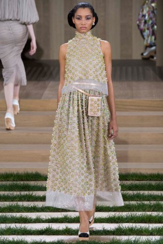chanel-couture-spring-2016-pfw-25