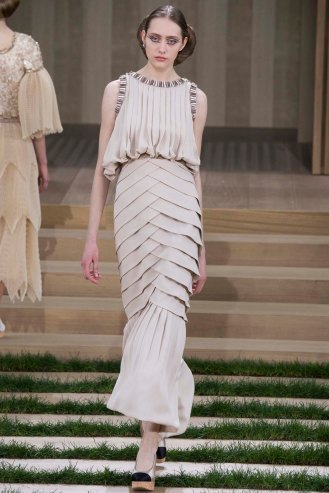 chanel-couture-spring-2016-pfw-31