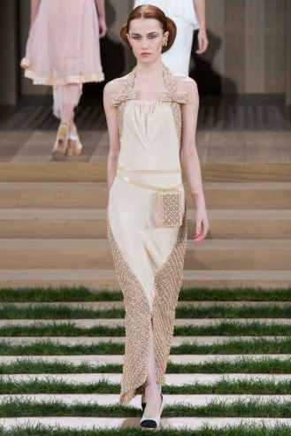 chanel-couture-spring-2016-pfw-32