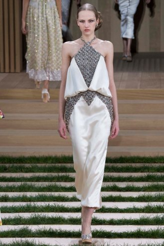 chanel-couture-spring-2016-pfw-35
