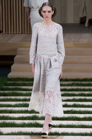 chanel-couture-spring-2016-pfw-5