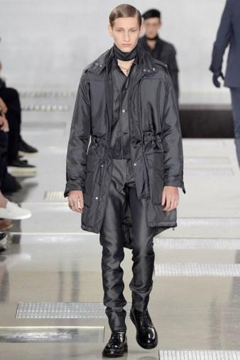 Louis-Vuitton-fall-2016-menswear-pfw-15