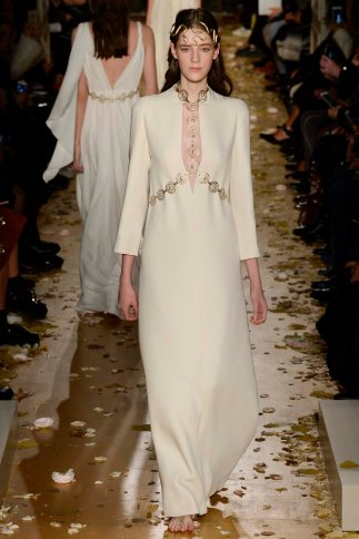 Valentino-couture-spring-2016-pfw-16
