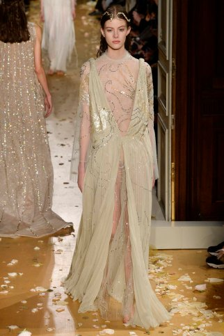Valentino-couture-spring-2016-pfw-22