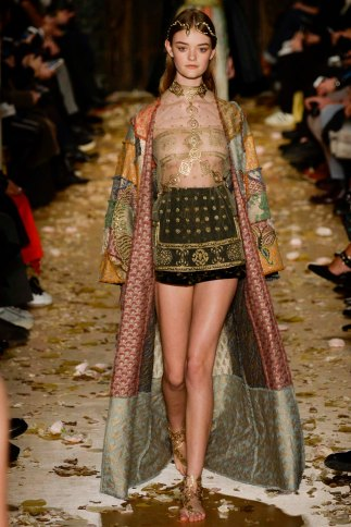 Valentino-couture-spring-2016-pfw-3