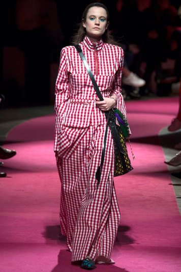 Marques-Almeida-AW16-lfw-rtw-womenswear-27