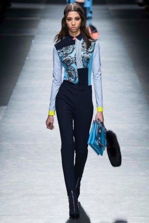 Versace-aw16-milanomodadonna-mfw-womenswear-2