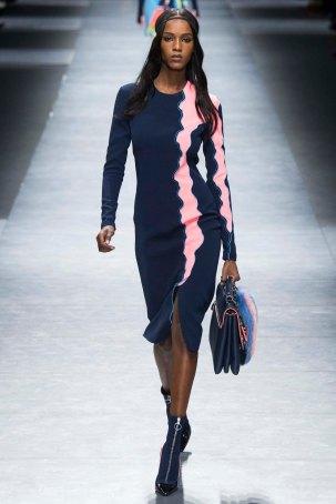 Versace-aw16-milanomodadonna-mfw-womenswear-4