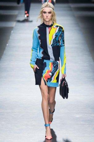 Versace-aw16-milanomodadonna-mfw-womenswear-5