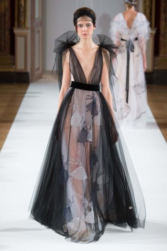 Yanina-Couture-SS16-pfw-17