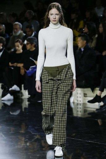 Courrèges-aw16-pfw-rtw-womenswear-10