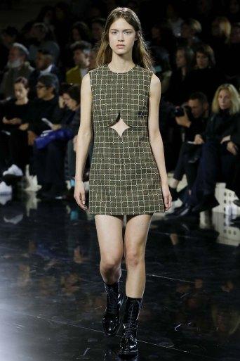Courrèges-aw16-pfw-rtw-womenswear-13