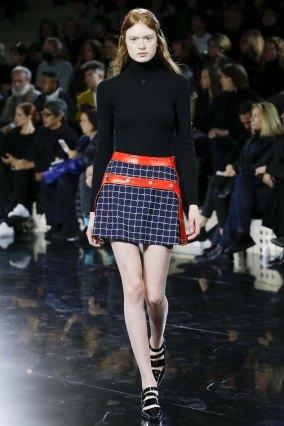 Courrèges-aw16-pfw-rtw-womenswear-4