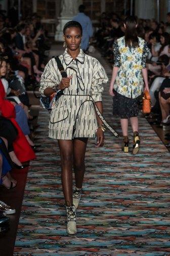 Dior-resort-2017-slashitmag-fashion-40