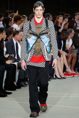 Givenchy-spring-2017-menswear-slashitmag-pfw-10