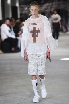 Off-White-spring-2017-menswear-slashitmag-pfw-1