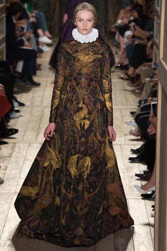 Valentino-fall-2016-couture-pfw-fashion-16