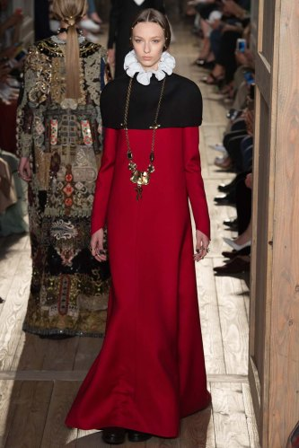 Valentino-fall-2016-couture-pfw-fashion-28