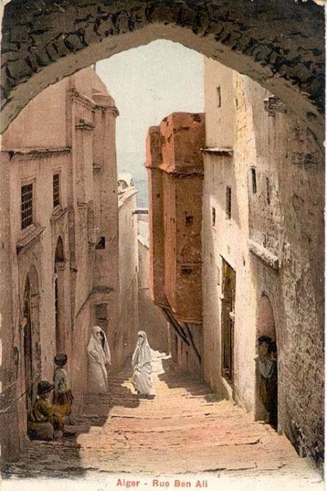 Algiers old street scene