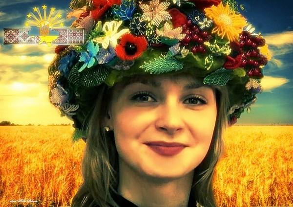 З Украіною в серці: як 25-річна Марина Ємцева стала плакатним символом української Донеччини