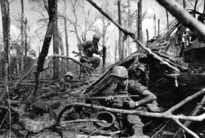 American Soldiers During Dak To, Battle On Hill 875