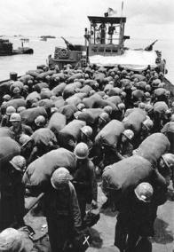 Soldiers of the 11th Armoured Regiment, Arriving in Vietnam