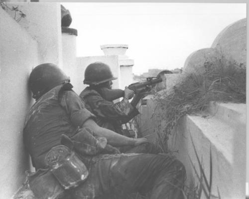 Troopers of the 8th Vietnamese Airborne Battalion Fire M79 Grenade Launchers and Small Arms During Heavy Fighting - Remembering The Vietnam War